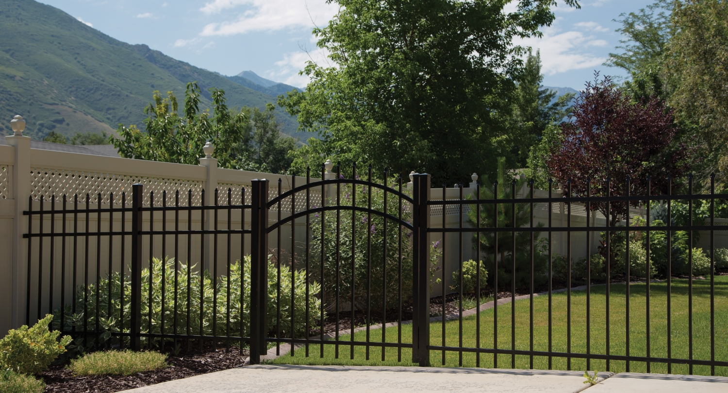 Choose the perfect fence in CT